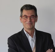Jean-Luc Khalfaoui takes office as President of the Association Agropolis International